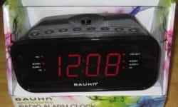 Bauhn Accessories Radio Alarm Clock 1