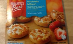 Breakfast Best Mozzarella and Bacon Mini Bagels