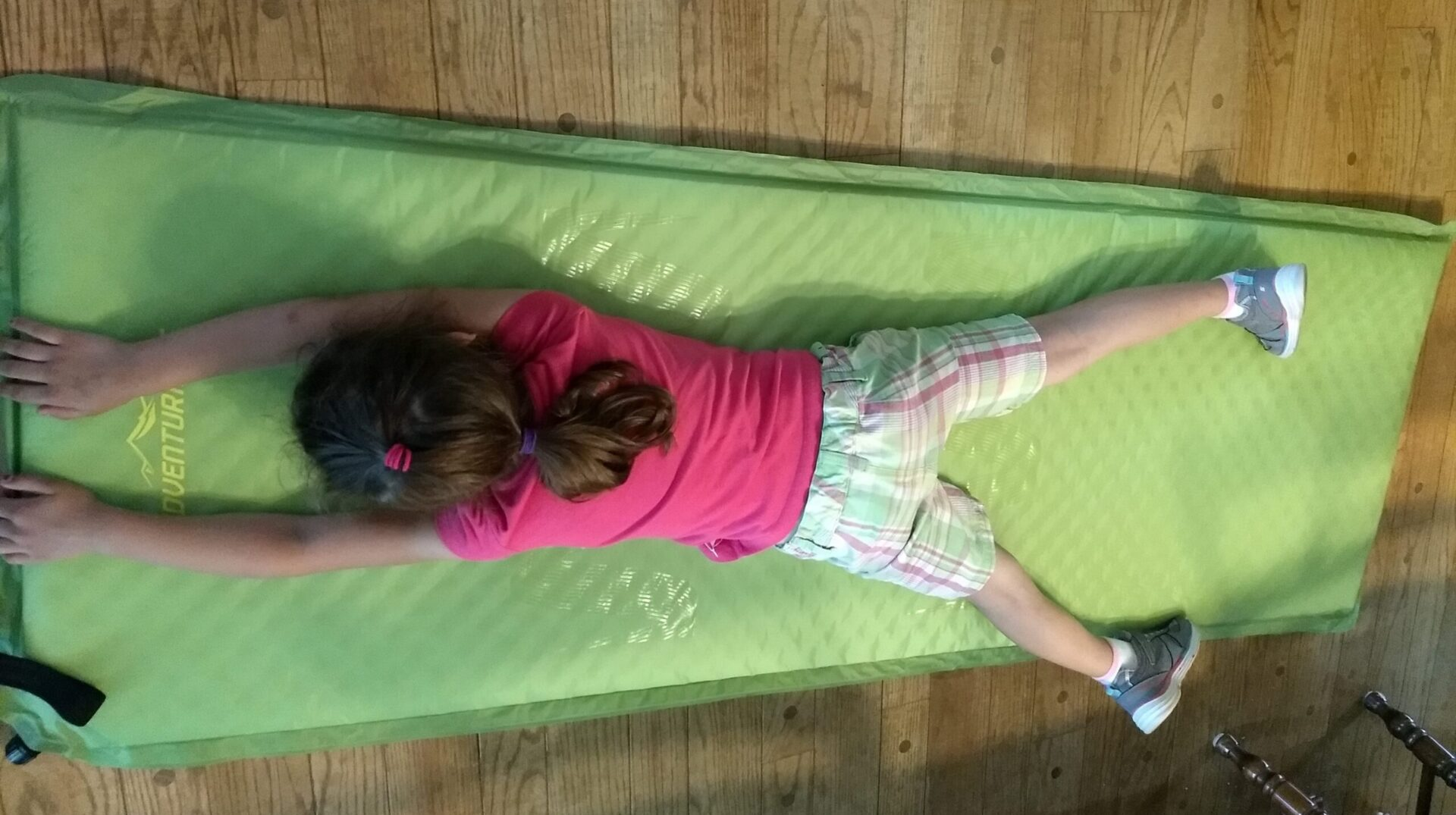 Self Inflating Matras : Adventuridge self inflating sleeping mat aldi reviewer