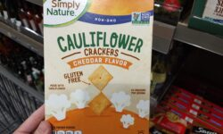 Simply Nature Cheddar Cauliflower Crackers