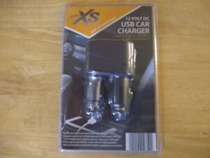 Auto XS 12 Volt DC USB Car Charger