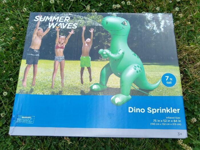 Summer Waves Giant Dino Sprinkler + Summer Waves Giant Unicorn Sprinkler
