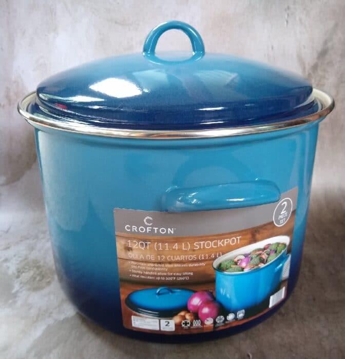 Crofton 12-Quart Porcelain Enamel Stockpot