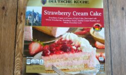 Deutsche Kuche Strawberry Cream Cake