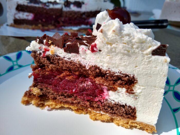 Deutsche Kuche Black Forest Cake