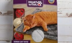Heart to Tail Cat Warming Mat