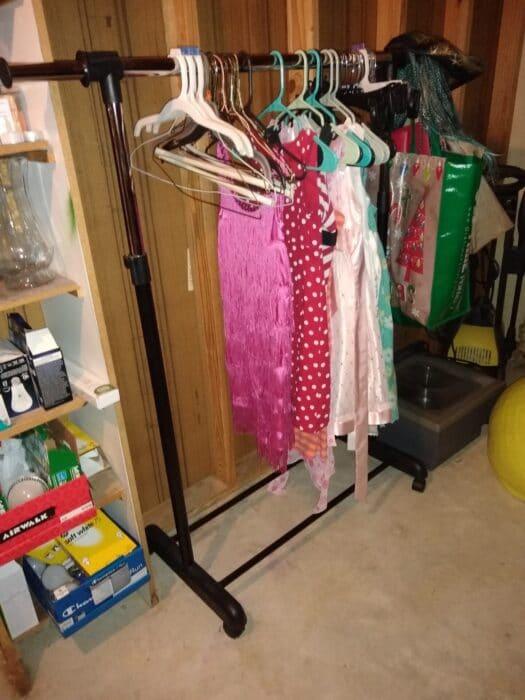 Easy Home Expandable Garment Rack