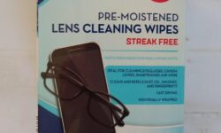 Welby Pre-Moistened Lens Cleaning Wipes